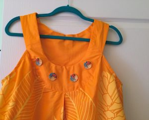 pareu-dress-buttons
