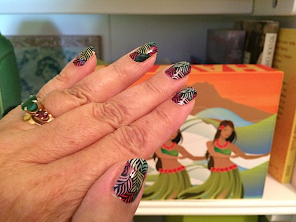 Jamberry review: vinyl nail wraps manicure