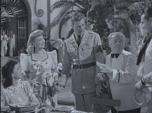 panama-hattie-waiter